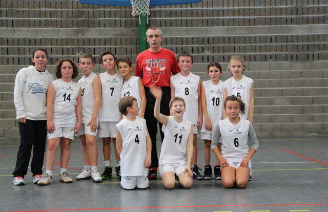 Poussins Basket Merville is a basket team. They are using SportEasy, the best web and mobile application to manage any sports team (football, soccer, rugby, basketball, baseball, hockey, volleyball...). Coaches and managers can organize the games and practices or send group messages to their players. Players have convenient access to their schedule or statistics. SportEasy is free and available on the web, iPhone and Android.