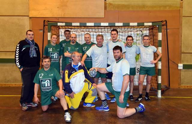 RACC Handball Loisirs is a handball team. They are using SportEasy, the best web and mobile application to manage any sports team (football, soccer, rugby, basketball, baseball, hockey, volleyball...). Coaches and managers can organize the games and practices or send group messages to their players. Players have convenient access to their schedule or statistics. SportEasy is free and available on the web, iPhone and Android.